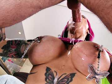 Pierced redhead MILF slut Anna Bell Peaks wants painful sex