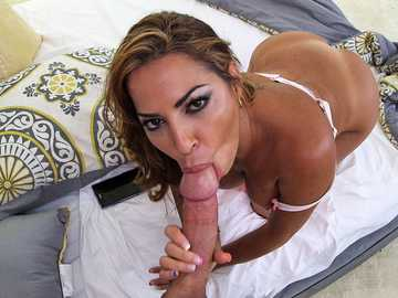 Slutty latina model Julianna Vega blows a big dick passionately