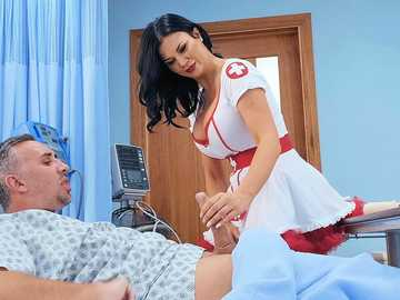Jasmine Jae performs hot sex therapy for Keiran Lee and it really helps