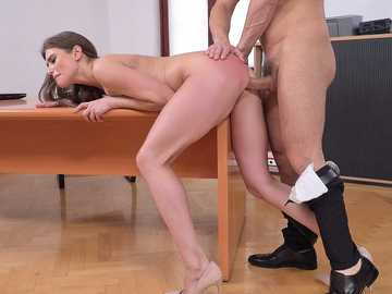 Sarah Sultry: Sarah Tastes Her Own Ass