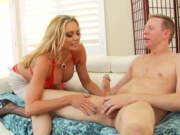 Big-breasted diva Briana Banks gets into throat fucking session