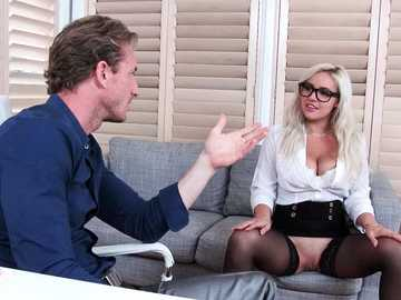 Blonde with natural gazongas Kylie Page shows her shaved cunt and gets pussy-licked