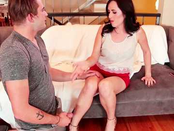 Dixie Comet lets her stepson worship her slender legs and eat hairy cunt