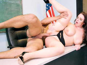 MILF Angela White teaches her nasty student good lesson in pussy fucking