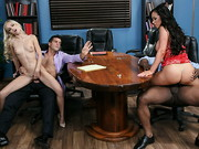 Ramon and Nikki Benz are finalizing their divorce, but they cant seem to agree on anything. In ...