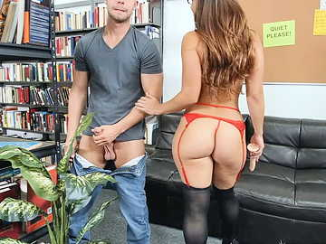 Horny student catches Kelsi Monroe drilling her pussy in a library