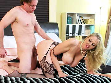 Julia Ann is a busty MILF getting her pussy fucking doggy style right now