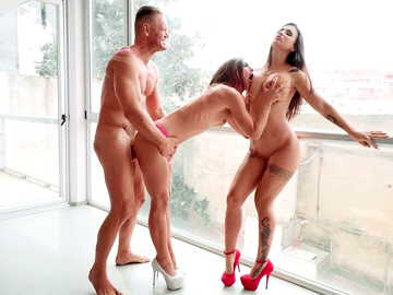 Legendary Nacho Vidal makes out with two hot brunettes Julia Roca and Susy Gala
